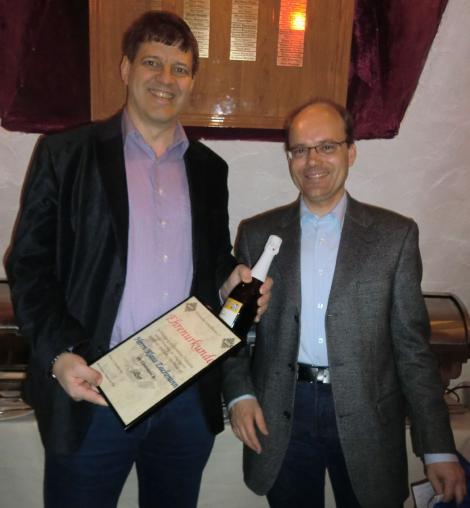 Klaus Zachmann mit der Ehrennadel des PSB in Silber geehrt