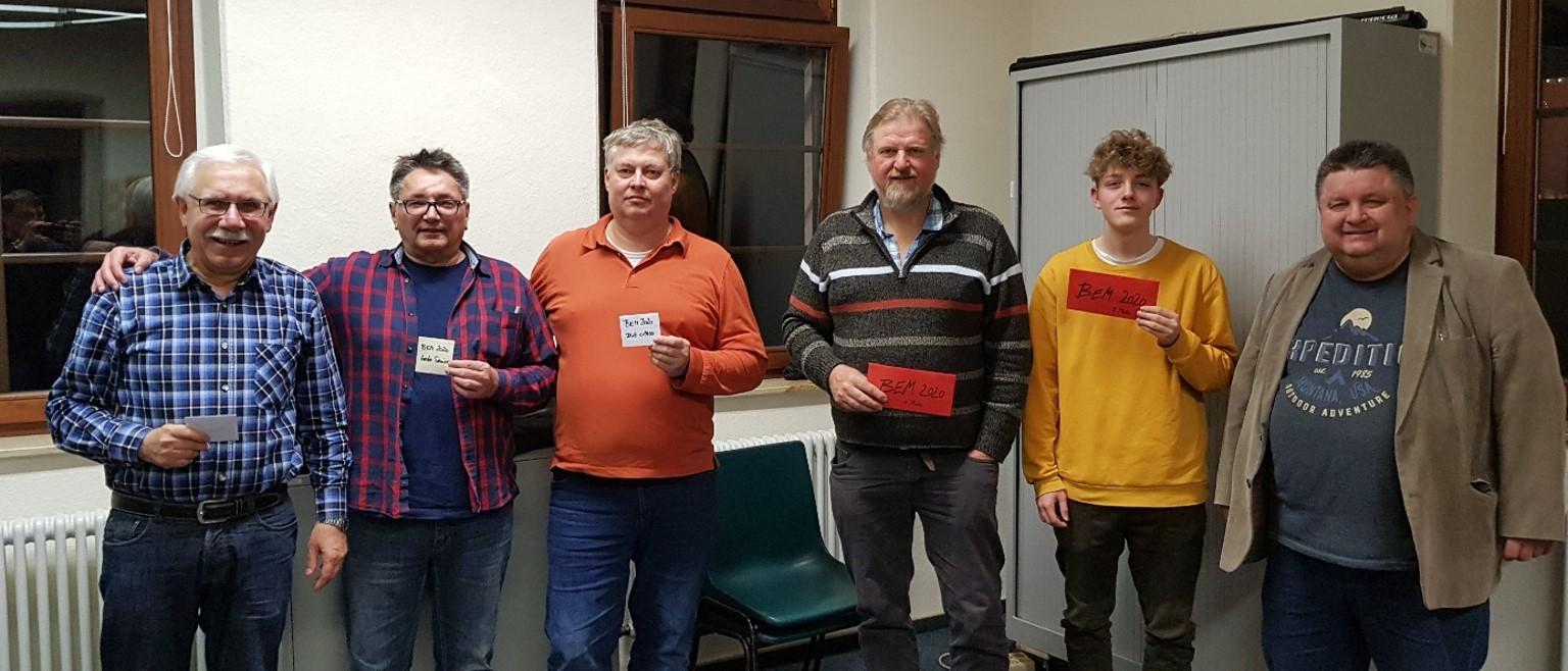 Die beiden FühDie Preisträger von links nach rechts: Otto Jung, Klaus Kuschmann, Frank Leonhardt, Klaus Schimmelpfennig, Ole Brunck und Johann Brittner. (Foto: Denzer)